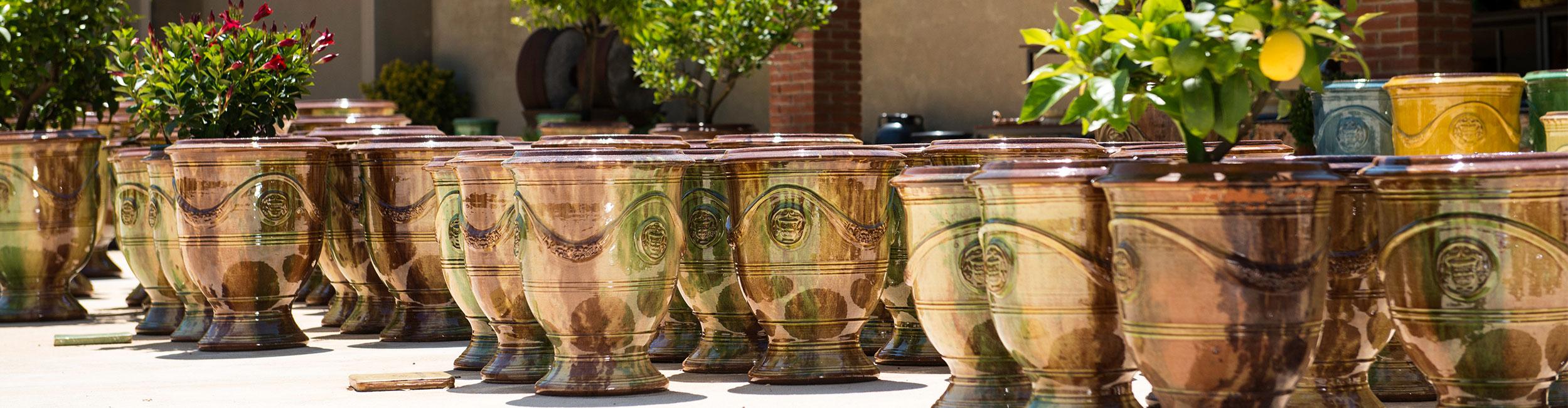 poterie d 39 anduze les enfants de boisset route du vase d 39 anduze. Black Bedroom Furniture Sets. Home Design Ideas